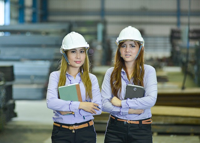 la carrera de las mujeres en los estudios de ingenieria
